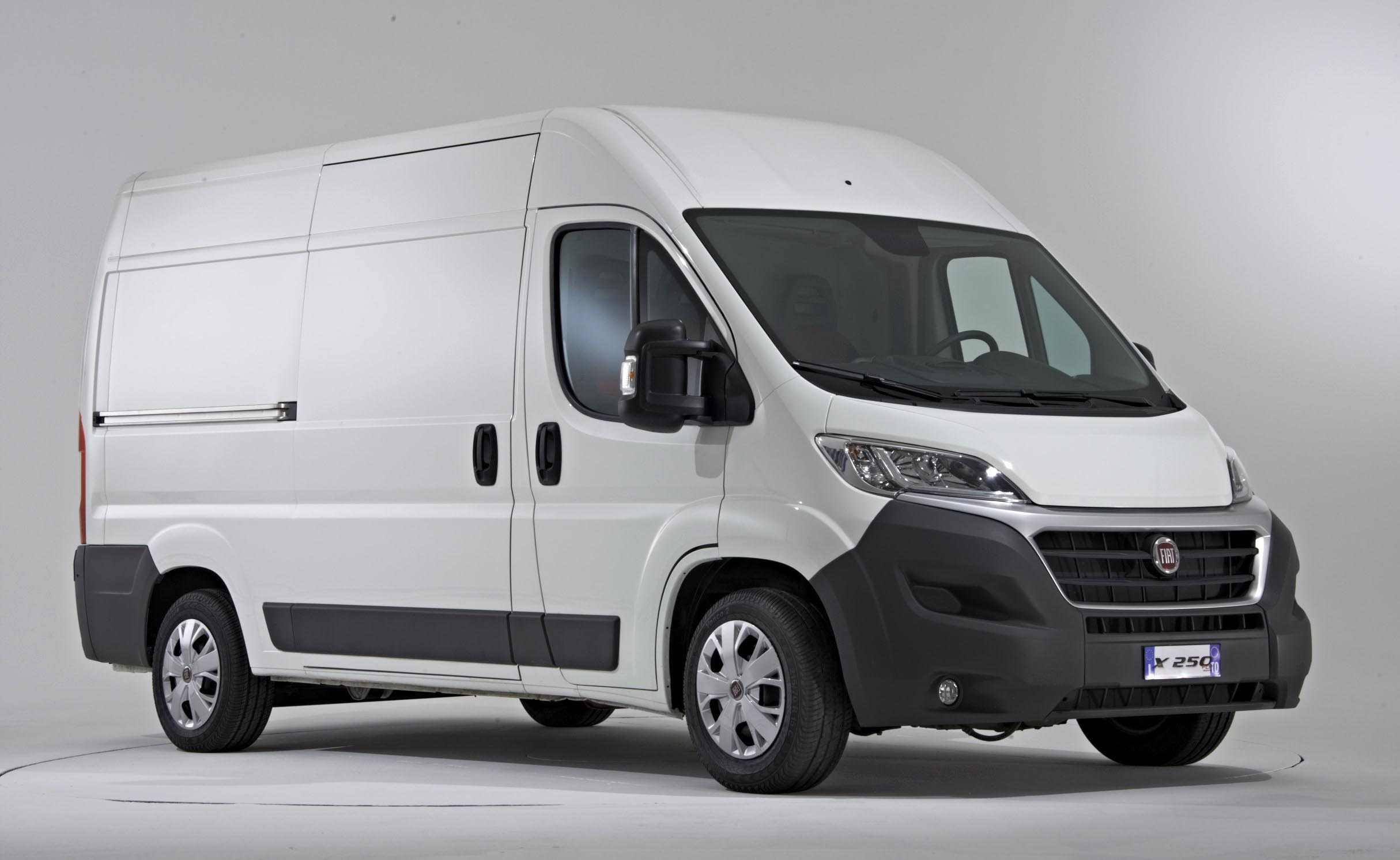 fiat ducato 2015 versatilidad para el transporte desde 397 900 hecho en m xico alvolante info. Black Bedroom Furniture Sets. Home Design Ideas