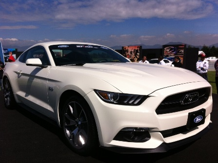 Ford Mustang 2015 Blanco Ford Day Mustang Blanco Frente