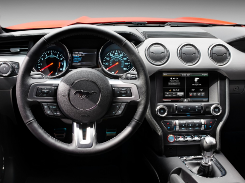 Ford Mustang 2015 tablero