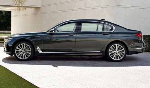 BMW Serie 7 2016 lateral