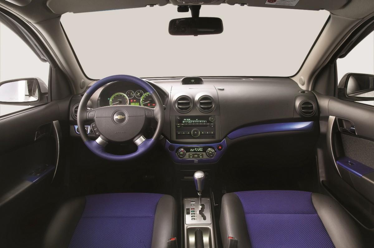 Chevrolet Aveo Versa Y Tsuru Los M 225 S Vendidos En Julio