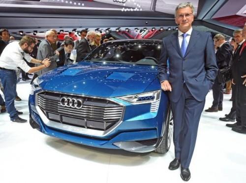 Frank 15 Audi eléctrico e quattro con ejecutivo