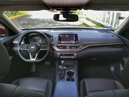 Interior general Nissan Altima