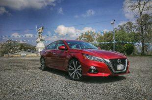 Nissan Altima 2020 con motor de compresión variable