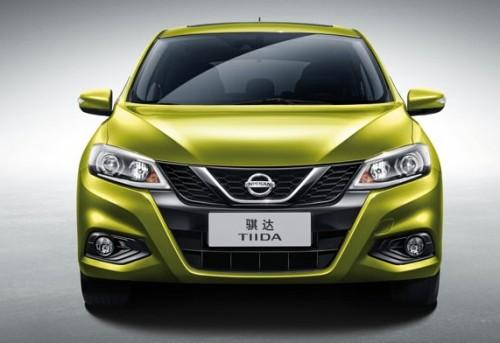 Nissan Tiida 2018 frente s