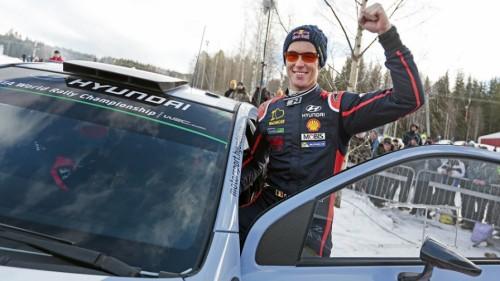 Rally de Suecia Thierry Neville