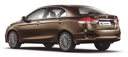 Suzuki Ciaz 2015 2 atrás lateral