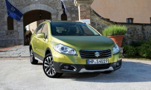 Suzuki SX4 S-Cross frente lateral