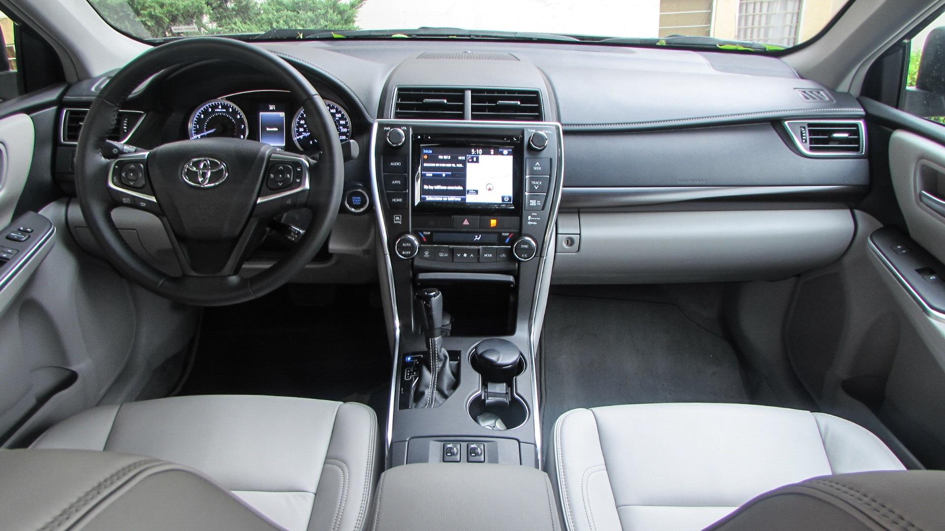 Toyota Camry 2015 Xle V6 Muy Buen Balance Y Desempe 241 O