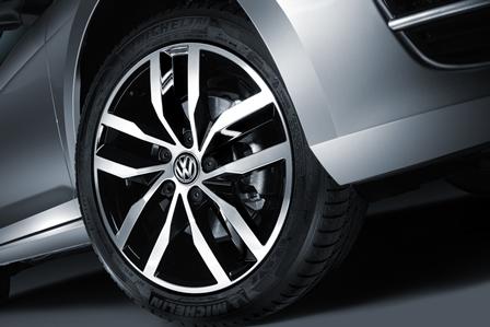 VW Golf VII 2015: Desde $271,990 1.4 L 140 bhp TSI; GTI ...