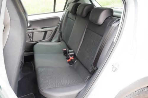 VW Up prueba asiento trasero