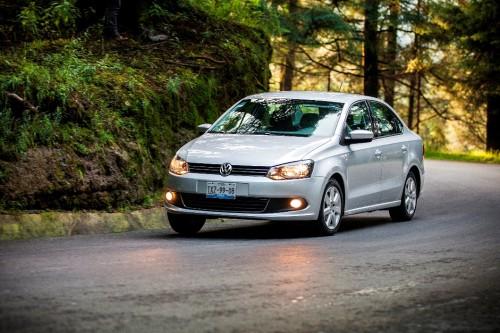 VW Vento 2014 carretera