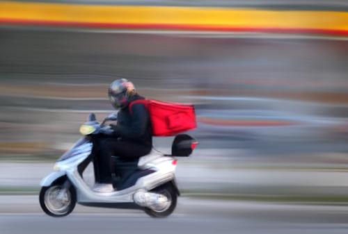 El transporte más práctico y rápido, es la motocicleta.