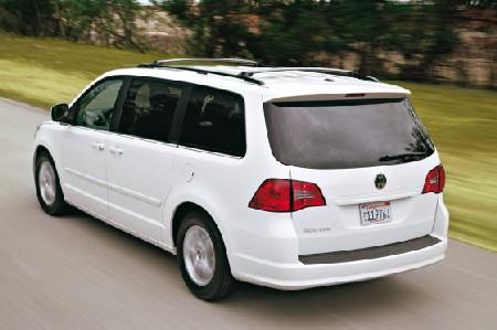 Volkswagen Routan con plataforma Chrysler. ¿Algún pero?